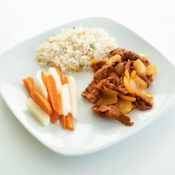 45. Puntas de res adobado con arroz y verduras, Obento Casero