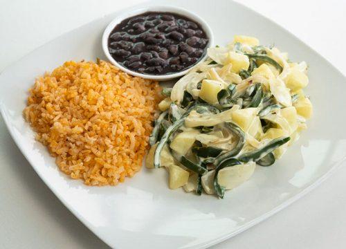 45. Rajas con crema con arroz y frijoles, Obento Casero